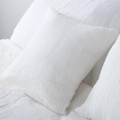 Biała pościel lniana. Poszewka na poduszkę.
