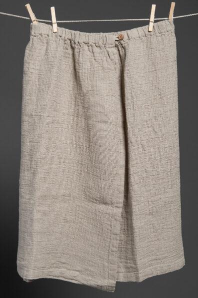 Lniany ręcznik zapinany na guzik