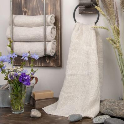 Lniany ręcznik kąpielowy