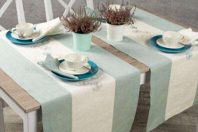 Lniany pastelowy zielony bieżnik stołowy
