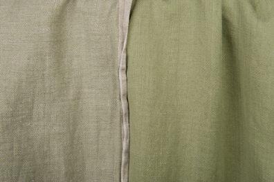 Zielonkawa prana tkanina dwustronna