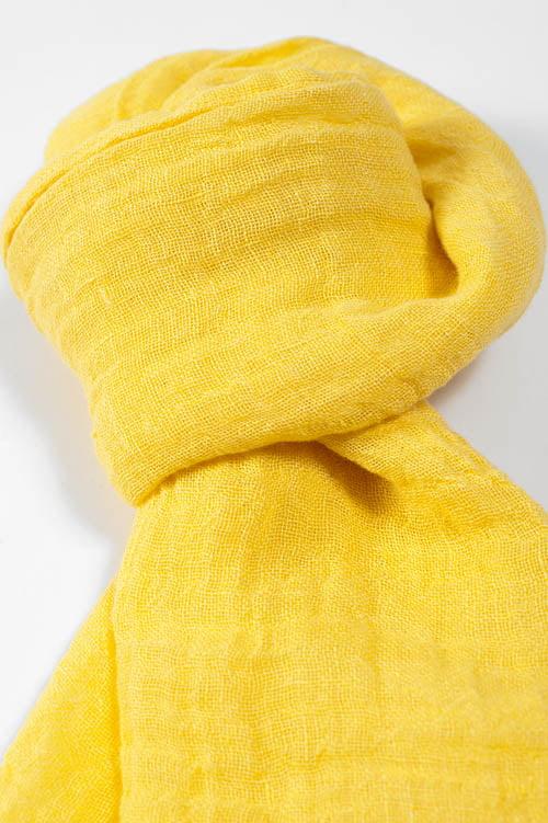 Bananowo - żółty lniany szalik.