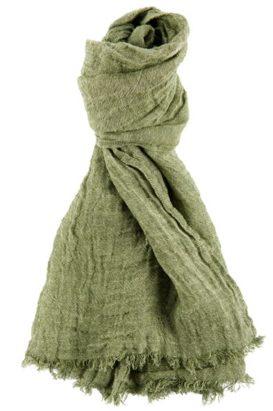 Zielony, o kolorze mchu, szalik lniany.