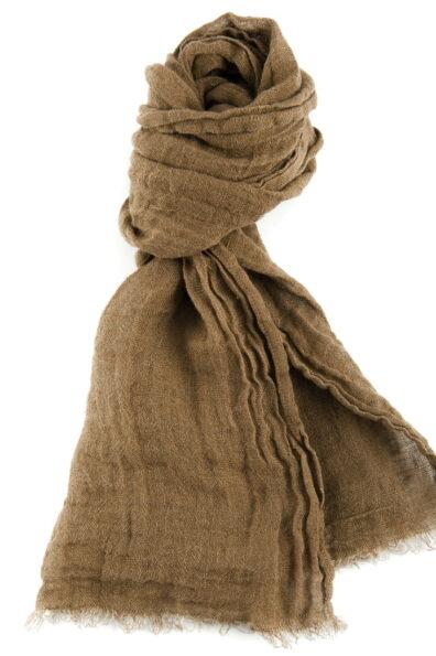 Jasny brązowy lniany szalik.