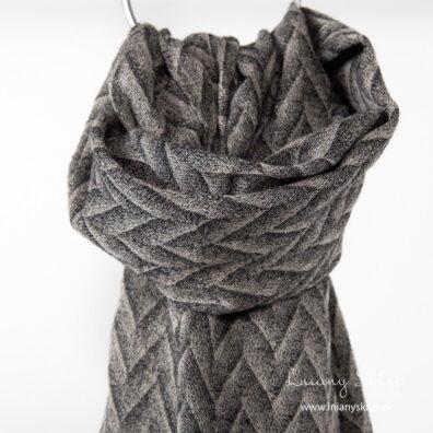 Lniany z wełną szalik czarno - piaskowy wzór.