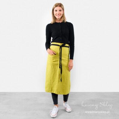 Lniany fartuch długi żółty.