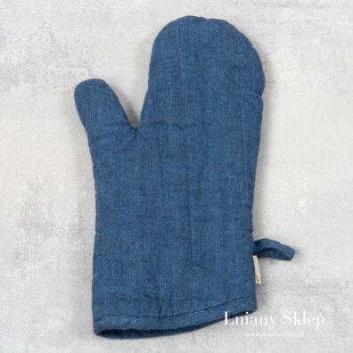 Niebieska lniana rękawica kuchenna.