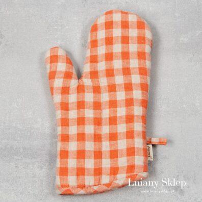 Lniana rękawica kuchenna pomarańczowa w kratkę.